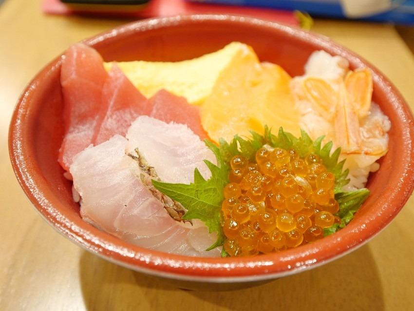 【ららぽーと甲子園】のはま寿司でテイクアウト【特上5種の海鮮丼】を注文してみたよ